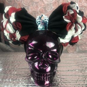 Accessories - Cruella Mickey ears
